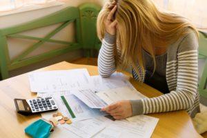 Можно ли студенту встать на биржу труда и получать пособие по безработице